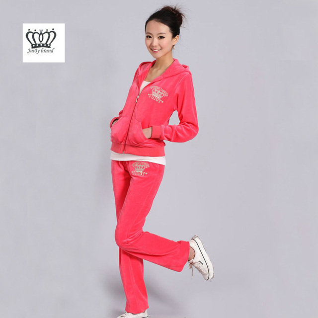 Spring   Fall 2019 suit Women S Brand Velvet Fabric Tracksuits Velour Suit  Women Track Suit Hoodies And Pants red 31ce920ee