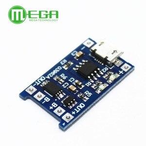 Image 3 - 5pcs 5V 1A מיקרו USB 18650 סוללת ליתיום טעינת דירקטוריון מטען מודול + הגנה כפולה פונקציות