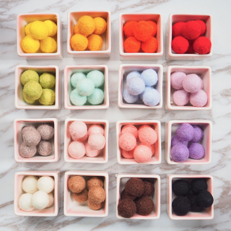 30pcs Multicolor 2cm Wool Felt balls for Garland Home Decoration Wool ball for Room DIY Accessories S3042 web page