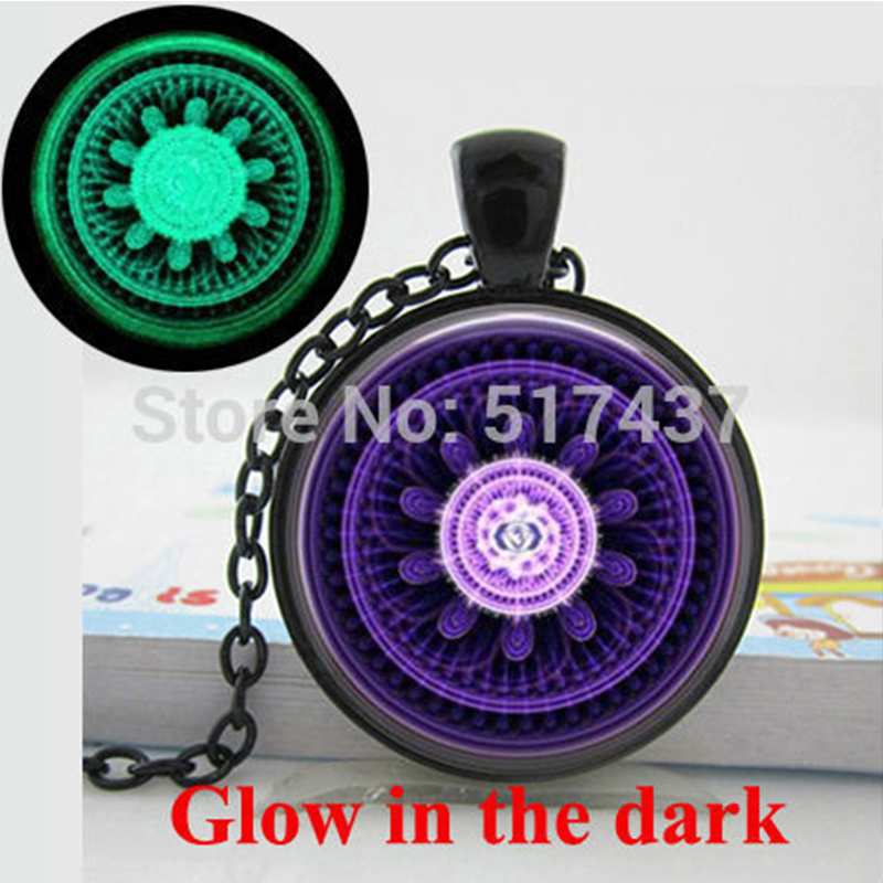 HZShinling Glow in the dark jewelry Abstract Mandala Necklace Spiritual Healing Yoga Jewelry Art Glass Glowing Pendant Necklaces