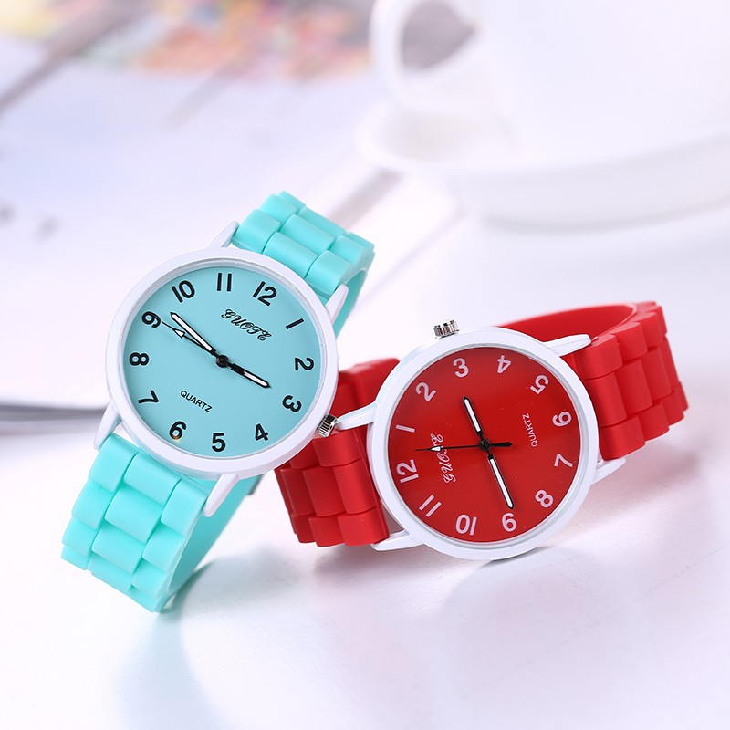 Women Fashion Soft Silicone Strap Quartz Wristwatches Sweet Candy Color Watch Lovely Gifts for Girls relogio feminino sweet spaghetti strap solid color two piece swimsuit for women