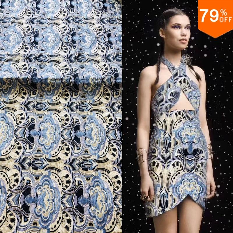 New2018 étoilés étrangers espèces exotiques fabricants de tissus de broderie vendant de nombreux tissus de soutien de tissu de mode semaine de mise au point de couleur