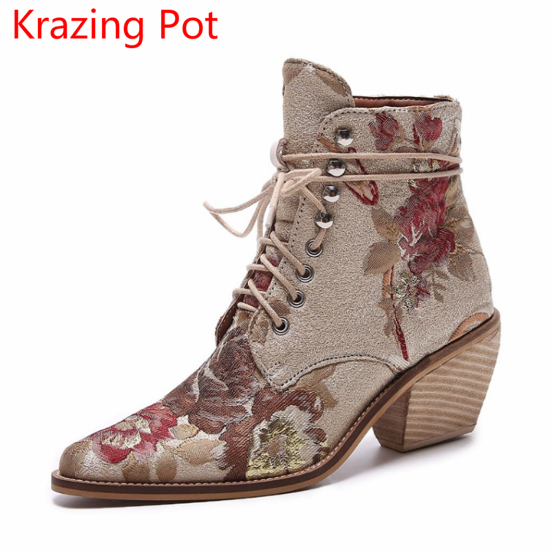 2018 Fashion Embroidery Big Size Pointed Toe Lace Up Winter Boots High Heels Flower Fashion Wedding Party Women Ankle Boots L01 flower embroidery bridal winter chinese lace up women ankle boots medium heel embroidered red satin wedding booties stiletto