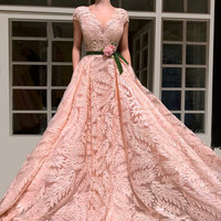 New Vintage Pink Arabic Formal Evening Dresses Long V Neck Cap Sleeve Sexy Evening Red Carpet Prom Party Gowns With Sashes