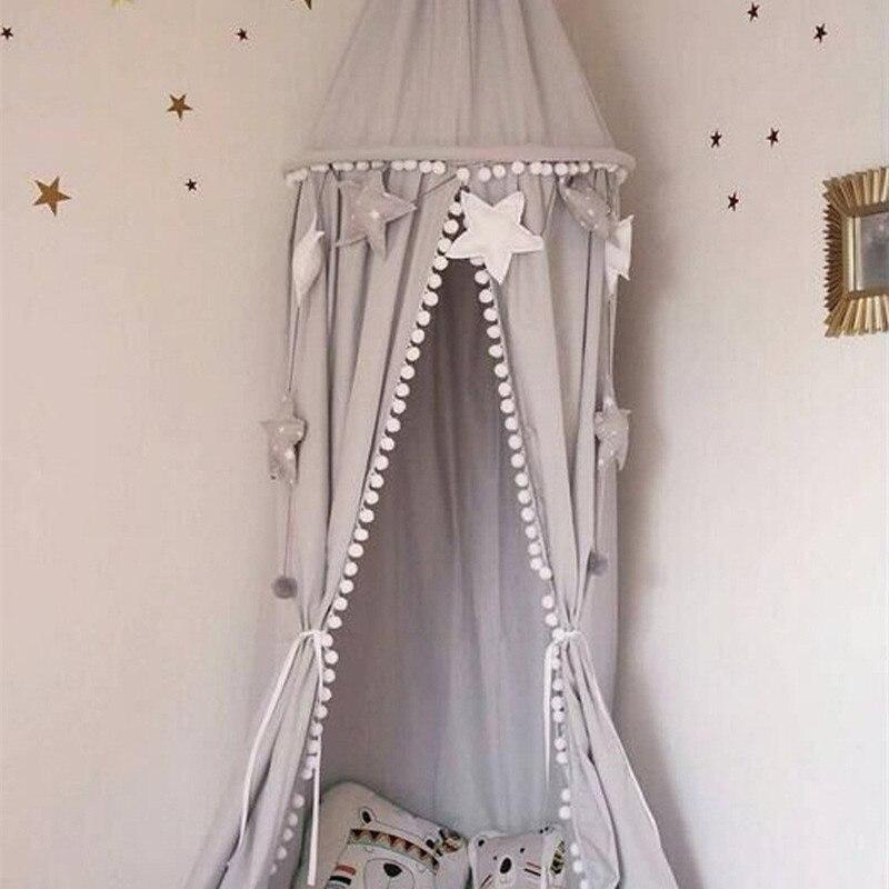 Bebé Estilo nórdico juegos Decoración Canopy blanco rosa gris colgante cama con dosel con bola borla foto sala de la princesa