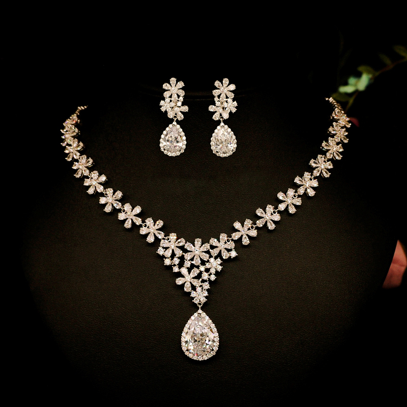 Trendy Crystal Wedding Bridal Jewelry Sets Cubic Zircon Sliver Color Necklace and Earrings Jewelry Sets Prom Wedding Accessories rakol 2018 new wedding costume accessories heart shape cubic zircon crystal bridal earrings and rhinestone necklace jewelry set