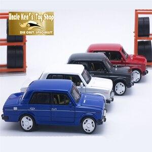 Image 2 - 15CM Rusia LADA 2106 Diecast modelo coche, coche de Metal, niños juguetes de regalo con puerta de fácil apertura/Pull Back función/música/luz