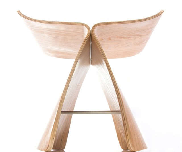 Butterfly Stool Made from Ash Plywood  2