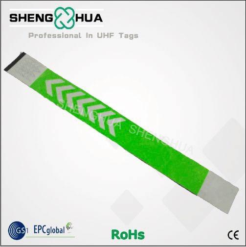 d493278f44b4 Impresión personalizada pulsera RFID pulseras verde papel autoadhesivo  material pulseras para conciertos fesitivals