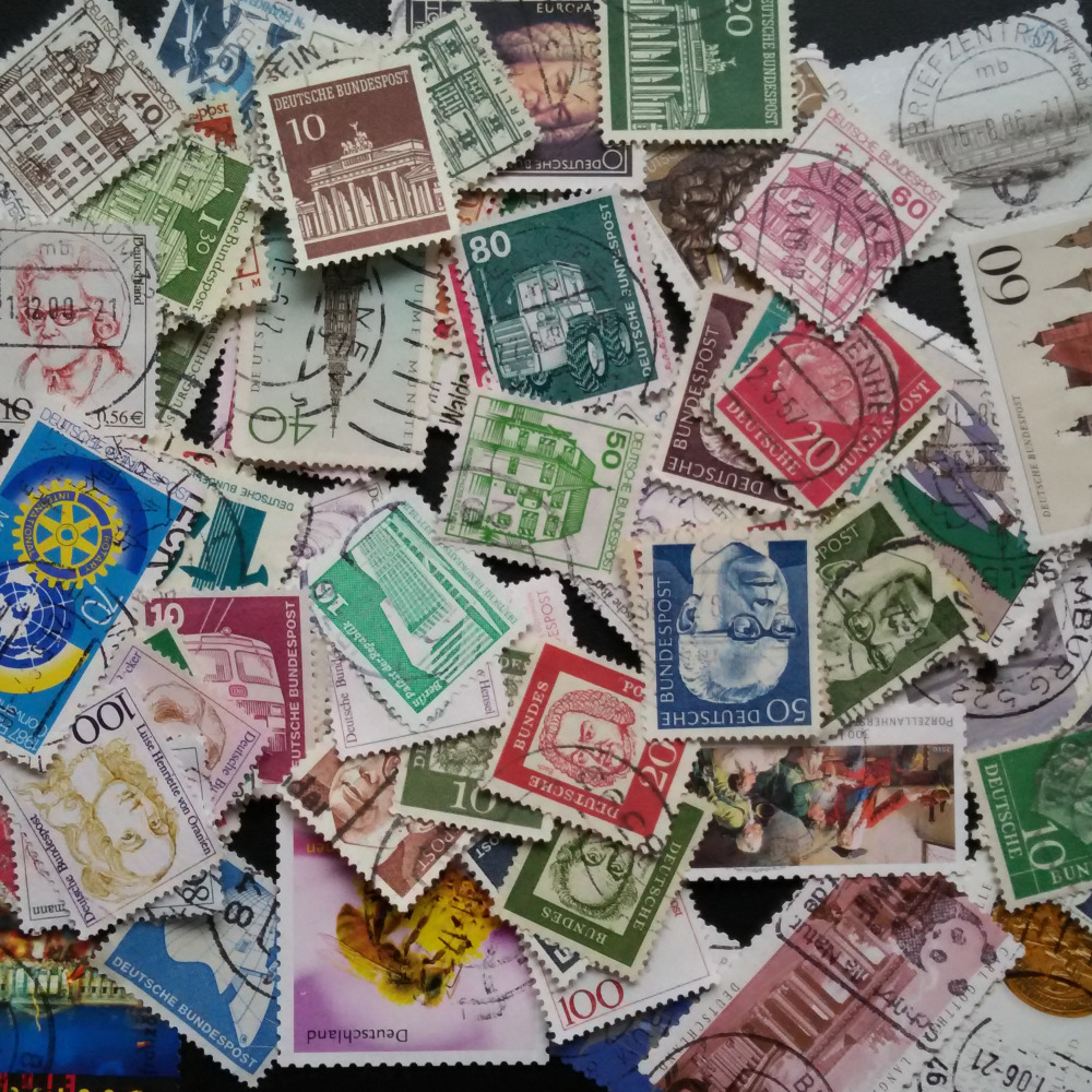 Wholesales 100 Pieces / Lot Germany All Different Commen Postage Stamps Used With Post Mark