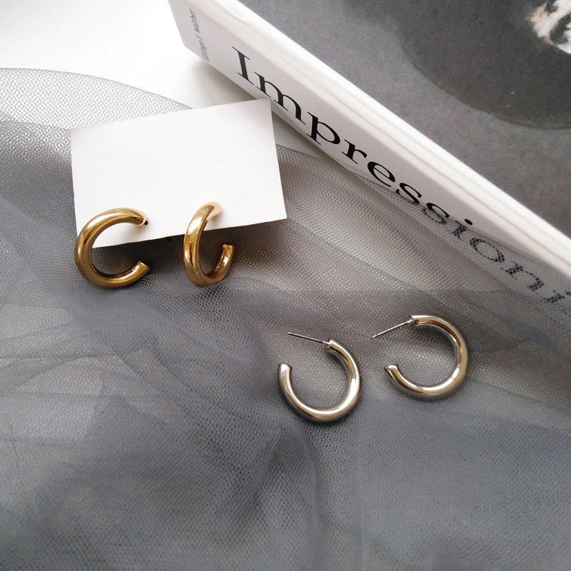 SRCOI Chic Gold Silver Color Small Letter C Stud Earrings Women Korean Fashion Geometric Small Circle Vintage Stud Earrings