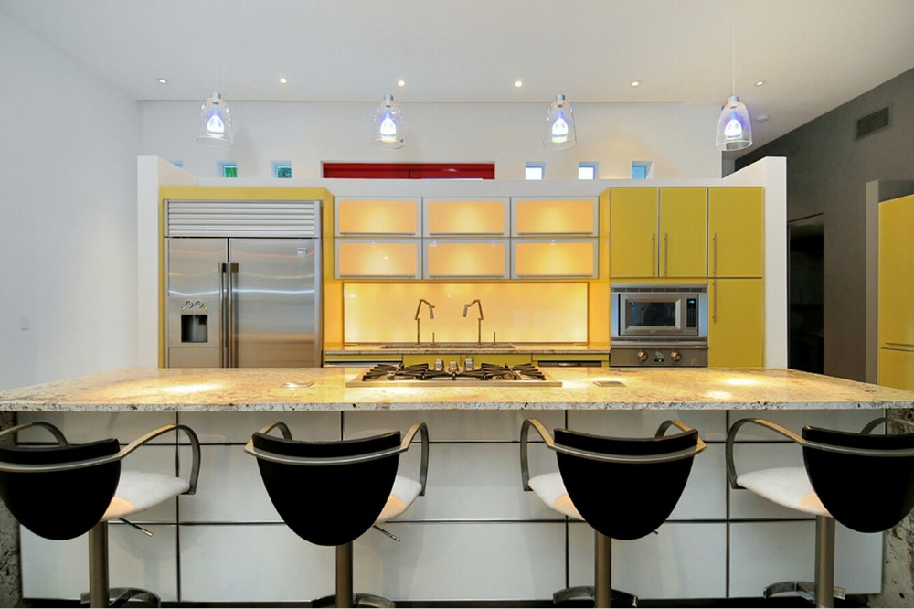 2017 Hot Sales 2PAC Kitchen Cabinets Yellow Colour Modern High Gloss Lacquer Kitchen Furnitures Pantry L1606069