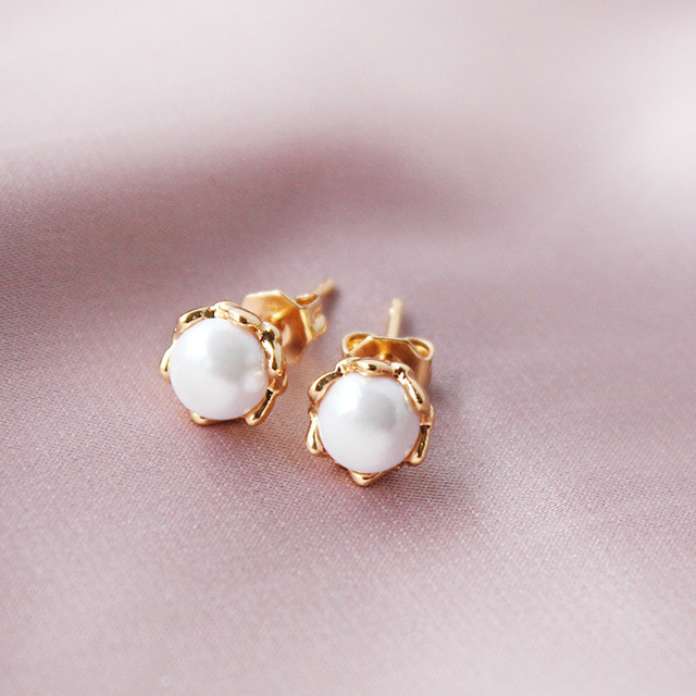 Export orders margin copper gold set pearl earrings, South Korea imported simple flowers without discount