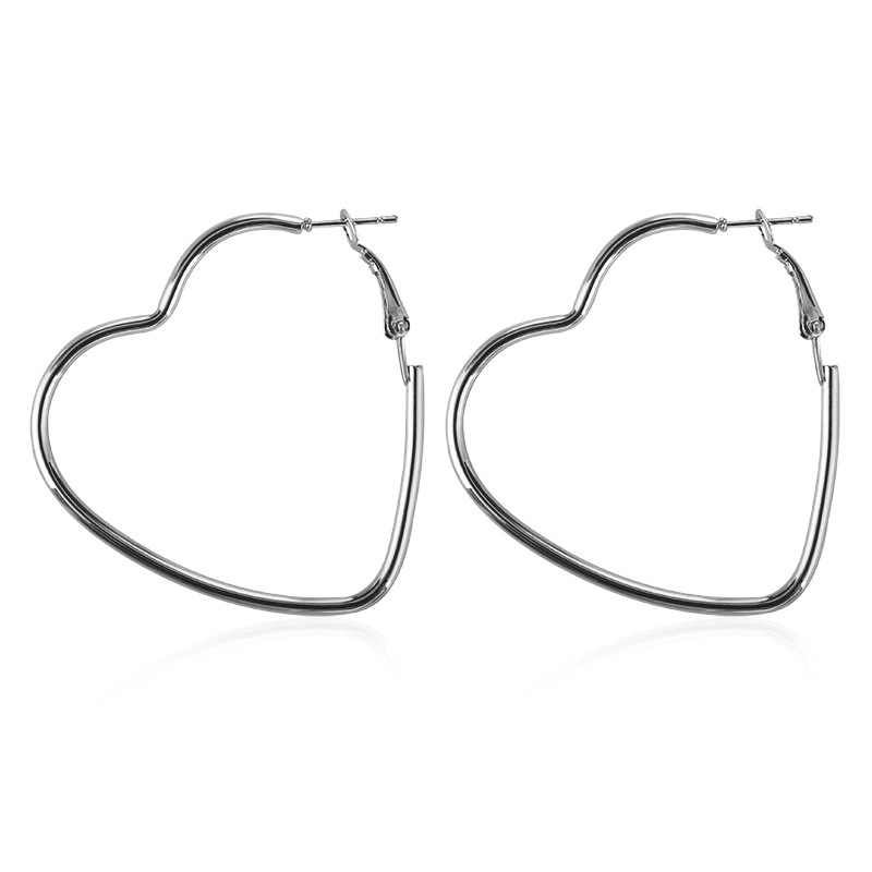 2018 Cool Heart-shaped earrings Young girl heart soft sister lovely earrings women act the role ofing is tasted Stud earrings