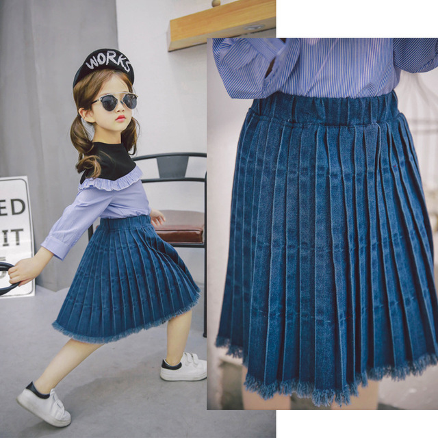 2017 Korean version of the spring children's new girls denim wrinkled pleated skirt free shipping