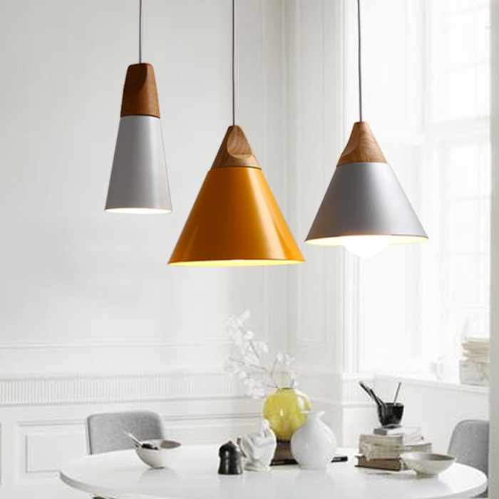 Nordic chandelier bar desk lamp bedroom bedside lamp creative personality Cafe Restaurant simple single-head chandelier nordic modern glass ball shaped restaurant pure copper small chandelier bedside bedroom brass lamp single head