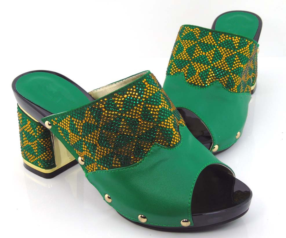 ФОТО GREEN African wooden shoes quality, genuine leather material, color stone, five colors, welcome large orders
