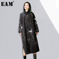 EAM 2018 New Spring Lapel Long Sleeve Solid Color White Abstract Printed Loose Long Shirt