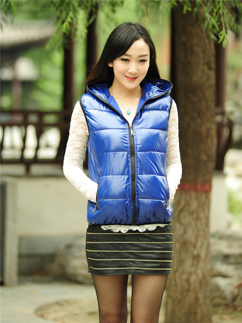 Woman winter plus size candy Bright surface pocket hooded down vest lady autumn oversized Cardigan warm down outerwear