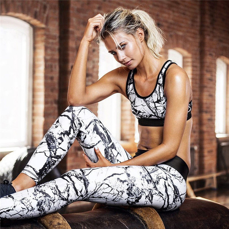 Women Sexy Printed Sports Suits Female Gym Fitness Clothing Tracksuit Running Sports Dance Tops + Leggings Jogging Pants