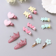 Set of two hair clips – tons of variations!