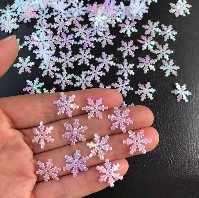 Snowflake Wedding Room Layout Party Throwing Paper Scraps Handmade DIY Christmas Decorations Festival Party Supplies in Banners Streamers Confetti from Home Garden