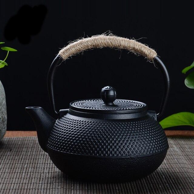 Japanese Cast Iron Teapot Kung Fu Tea Pot Travel Tea Kettle With Infuser Strainer Water Kettle Pots Boiler 600ml