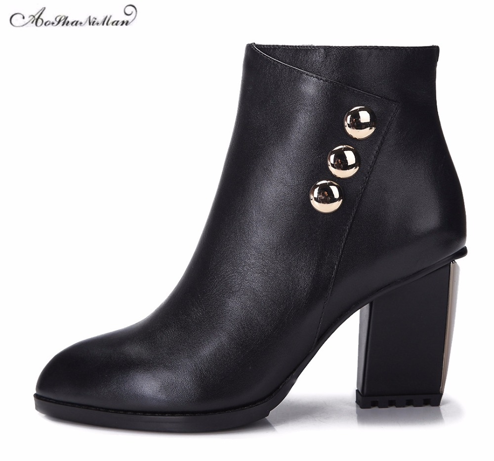 Autumn winter women ankle boots genuine leather middle heels boots ladies 2017 fashion cowhide casual boots metal botton 34-41