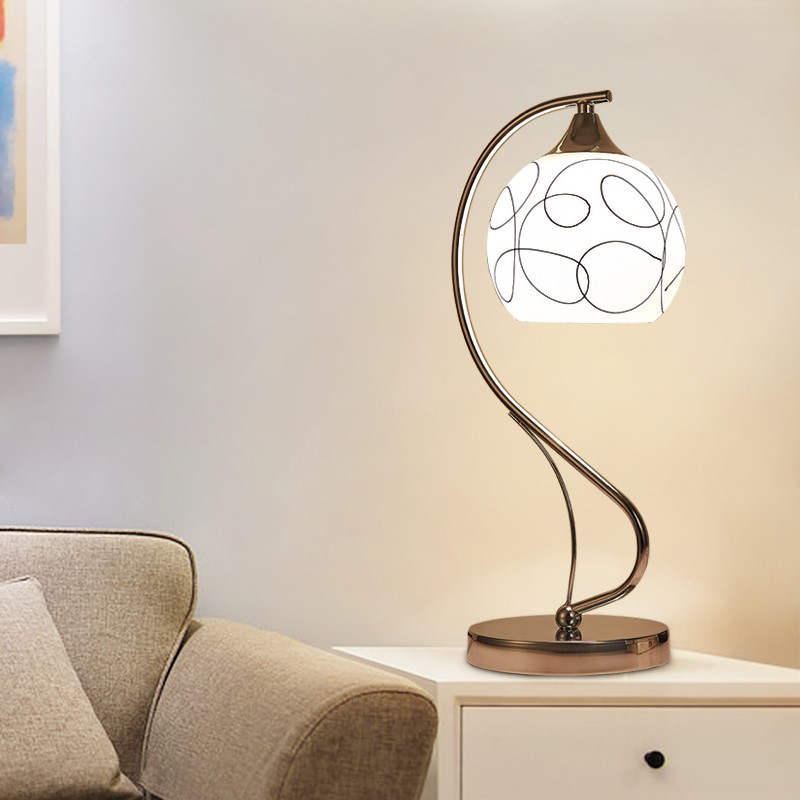 European table lamps bedroom bedside lamp warm simple modern creative wedding night feeding desk lamp led reding lamp FG507 european pastoral village glass desk lamp bedroom bedside lamp warm modern minimalist creative flowers desk lamp free shipping