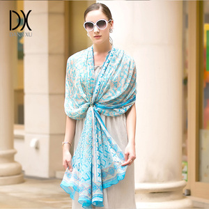 Image 3 - 100% Silk Scarf Women Face Shield Large Silk Shawl Pashmina Beach Blanket Scarf Luxury Brand India Muslim Hijab Foulard Wrap