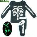 WOW! brillan En La Noche de Los Niños Esqueleto Impresión de la Ropa Del Niño Establecidos Ropa de Bebé de los Pijamas de Los Cabritos ropa de Noche Juegos de Regalo de Halloween