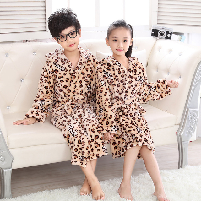 Winter Long Bathrobe for Girls Boys Flannel Leopard Robes Children Long  Sleeve Warm Hooded Dressing Grow Teenage Night Sleepwear cef940c8e
