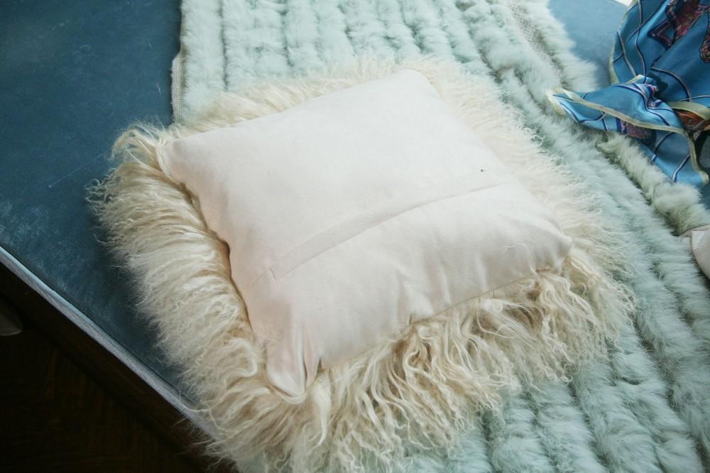 sheep skin back cushion pillow12