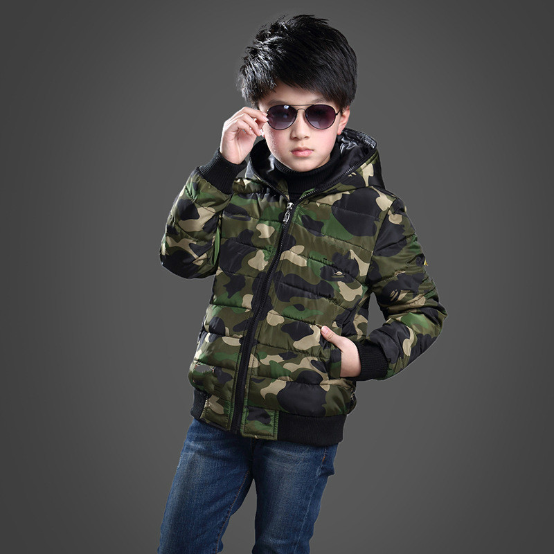 Winter New Children's Clothing Boys Thickened Middle and Big Kids Camouflage Jacket Jacket Warm Short Hooded Fashion Down Jacket