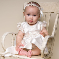 Traditional Christening Gowns For Baby Girl Exclusive Appliques Round Collar Heirloom Baptism Clothes Muslin Ivory Infant Gowns