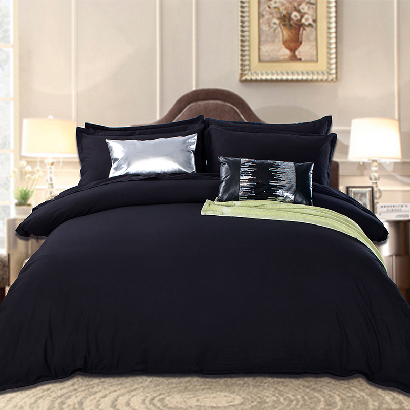 Black Bedding Set In King Queen Size Luxurious Silk Bed