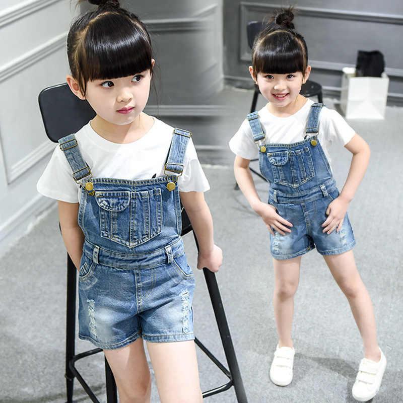 ba2e51d02 Chica adolescente de padre-hijo vaquero pantalones cortos niños coreanos  pantalones de mezclilla overoles ropa