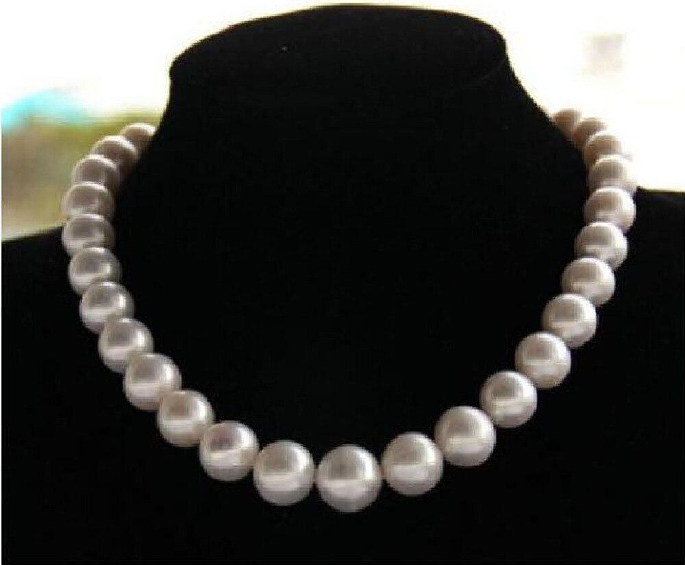 Beau collier de perles blanches akoya naturelles 13mm 18