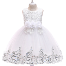 2019 Summer Girls Cotton Mesh Dress Childrens  Princess Wind dress Embroidery Flower clothing