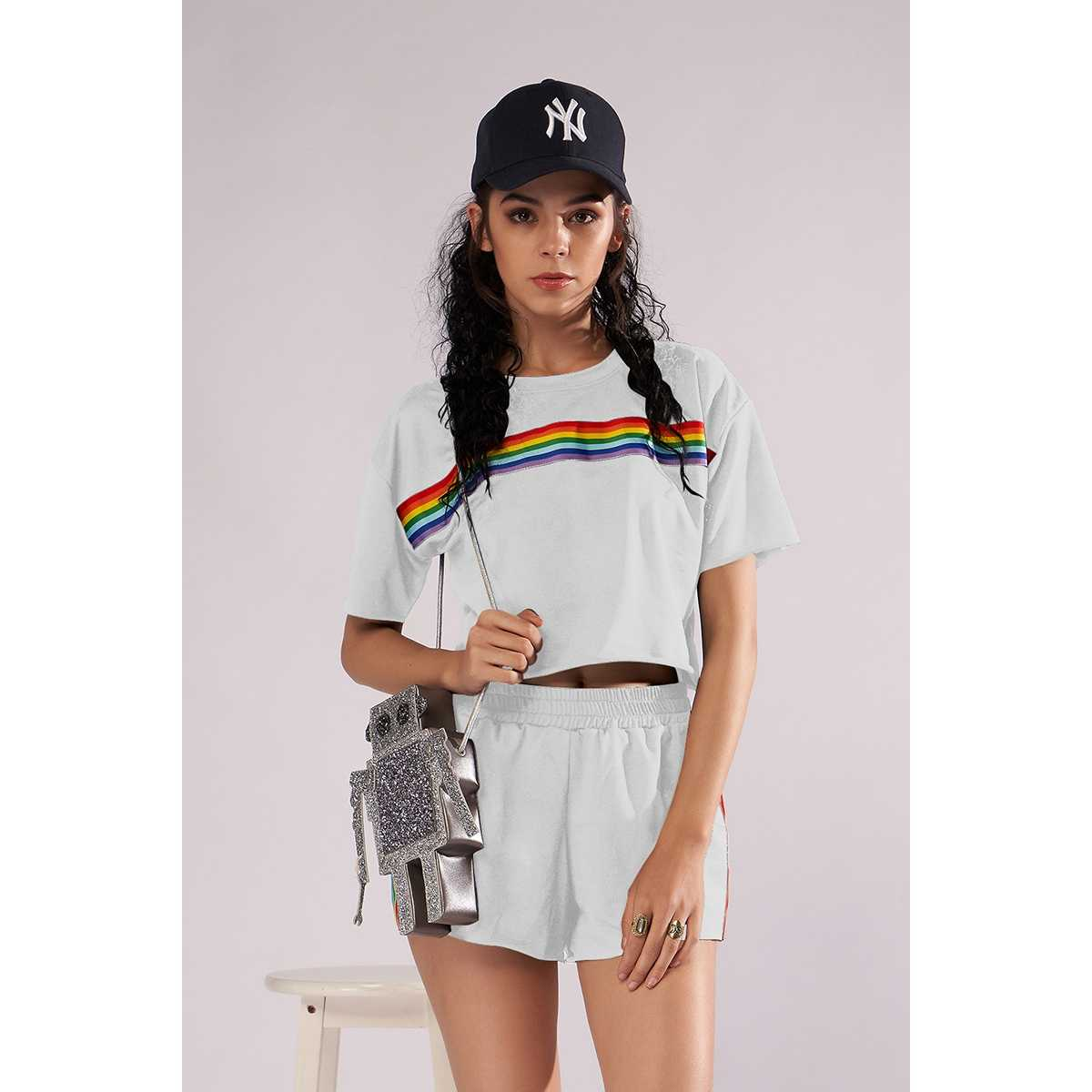 d89131df395 Летние женские в радужную полоску короткий костюм короткие-Футболка с  рукавами шорты из двух частей