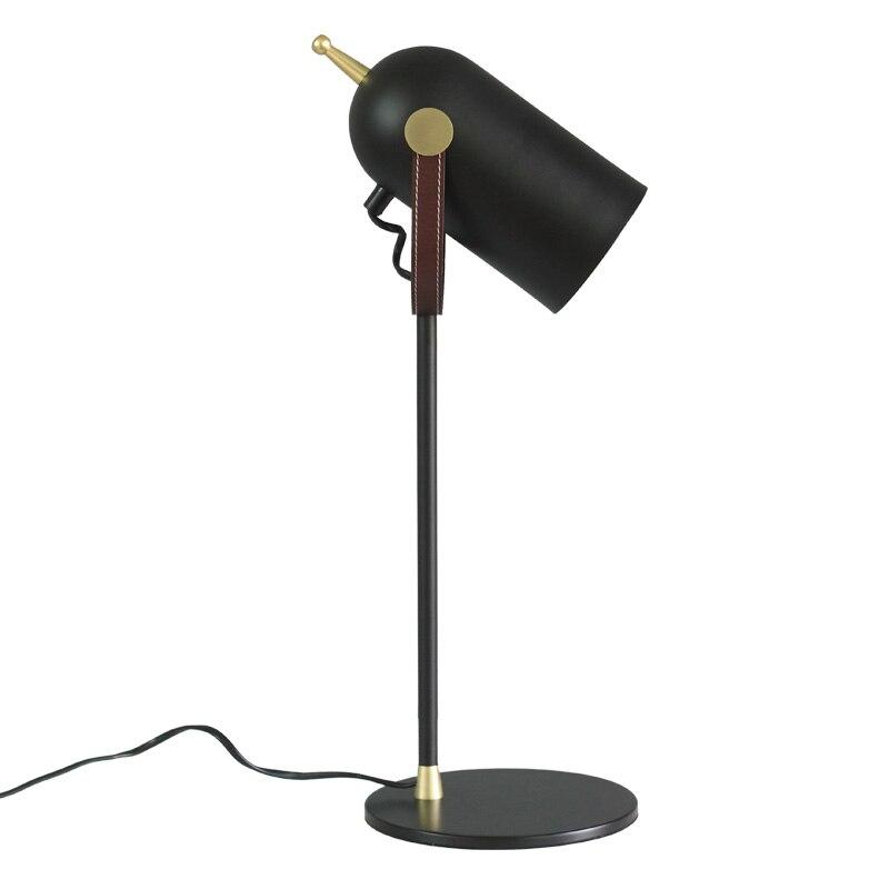Lampes de bureau modernes abat-jour noir nordique or corps en métal lampe de table contemporaine pour chambre lampe de lecture salon E27 lampe à LED