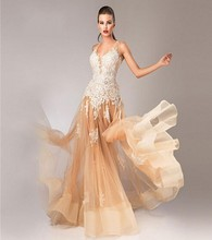 Luxury 2017 Evening Dresses Halter Appliques Vestido De Festa Princess Style Formal Gowns For Wedding Party Dresses