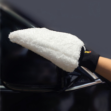 Latest Ultra Soft  Car Wash Mitt Easy To Dry Microfiber Premium Auto Detailing Mitt Best For Two Buckets Wash