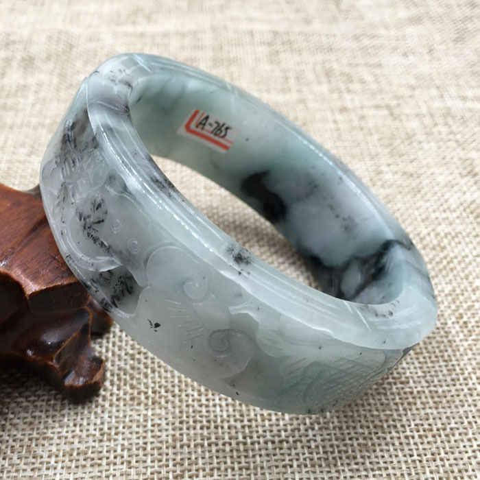 DYY 63มิลลิเมตรวินเทจจีนมือแกะสลักสีขาวสีเขียวหยกJadeiteสร้อยข้อมือกำไลข้อมือ765
