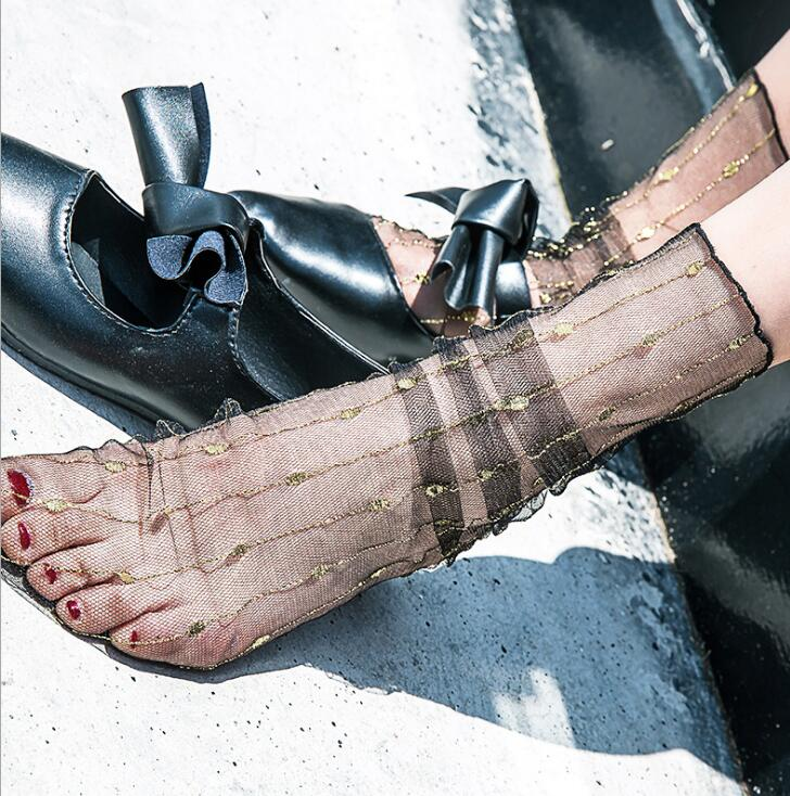 Womens Vintage Sexy Transparent Perspective Gold Stripe Mesh Short Socks Female Elegant Thin Socks R1721