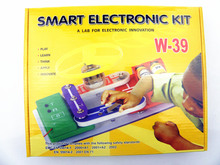 a lab for electronic innovation Snap Circuits Kit Learning building blocks Model create 39 different electronic
