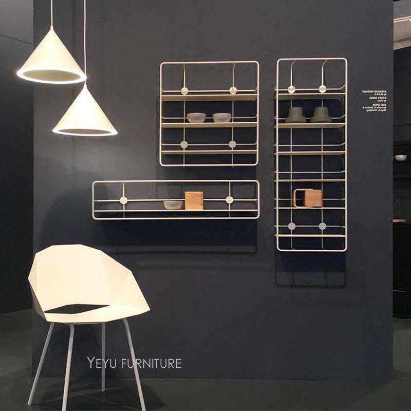 Scaffale A Muro Metallo.Design Moderno Loft Parete A Parete In Metallo Scaffale Display