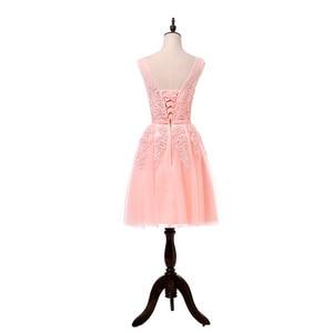 Image 4 - מכירה לוהטת מסיבת קוקטייל שמלות קצר Vestido דה Festa מיני סקסי אפליקציות שמלת V צוואר ואגלי פנינים