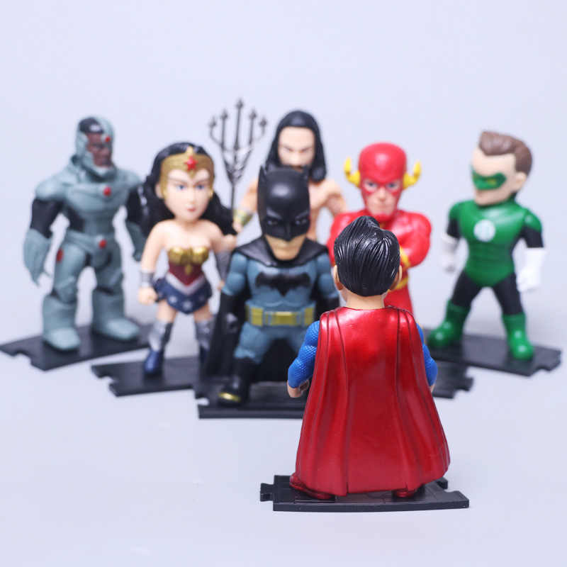 DC קומיקס גיבורי צעצועי 7 יח'\סט וונדר וומן הבזק סופרמן באטמן גרין לנטרן Aquaman Cyborg PVC דמויות Brinquedos