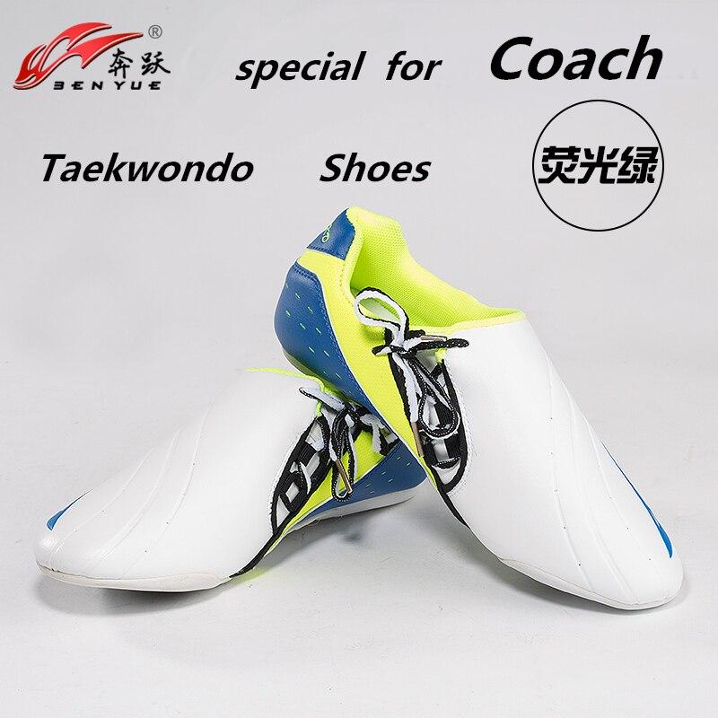 Benyue Taekwondo chaussures sport boxe Kung fu TaiChi chaussures pour hommes et femmes enfants pour la taille 36-46 Taekwondo Coach chaussures